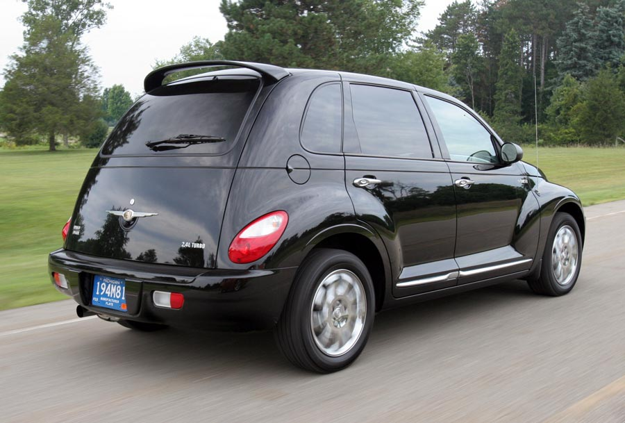 2006 Chevrolet Hhr Vs 2006 Chrysler Pt Cruiser Review