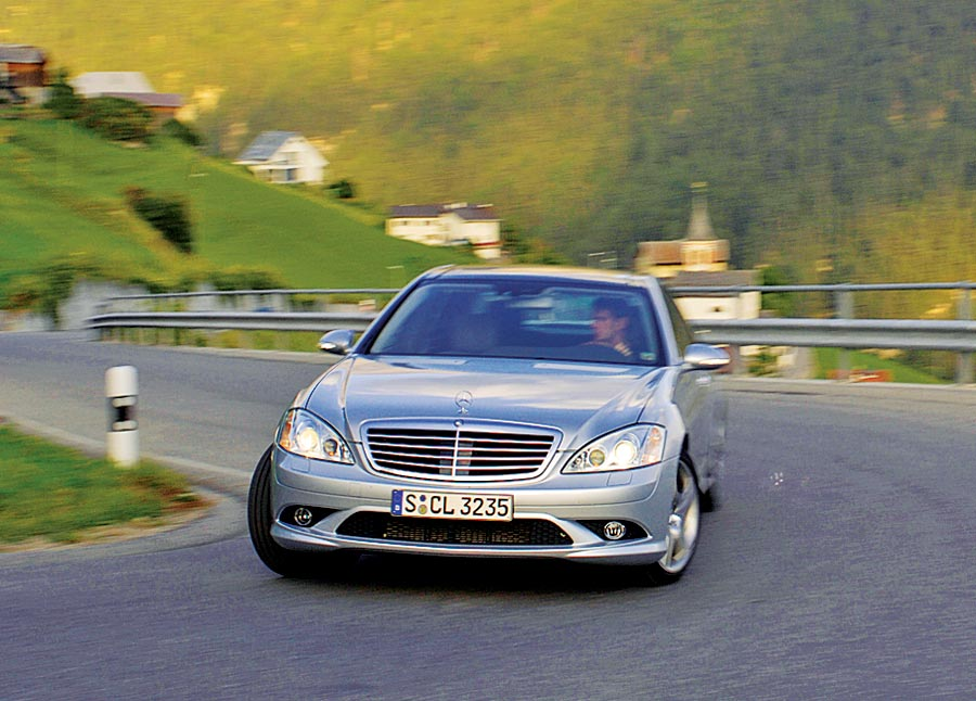 2007 Mercedes Benz S550 Road Test Amp Review Automobile