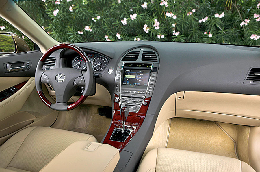 2007 lexus es350 car review road test automobile magazine. Black Bedroom Furniture Sets. Home Design Ideas