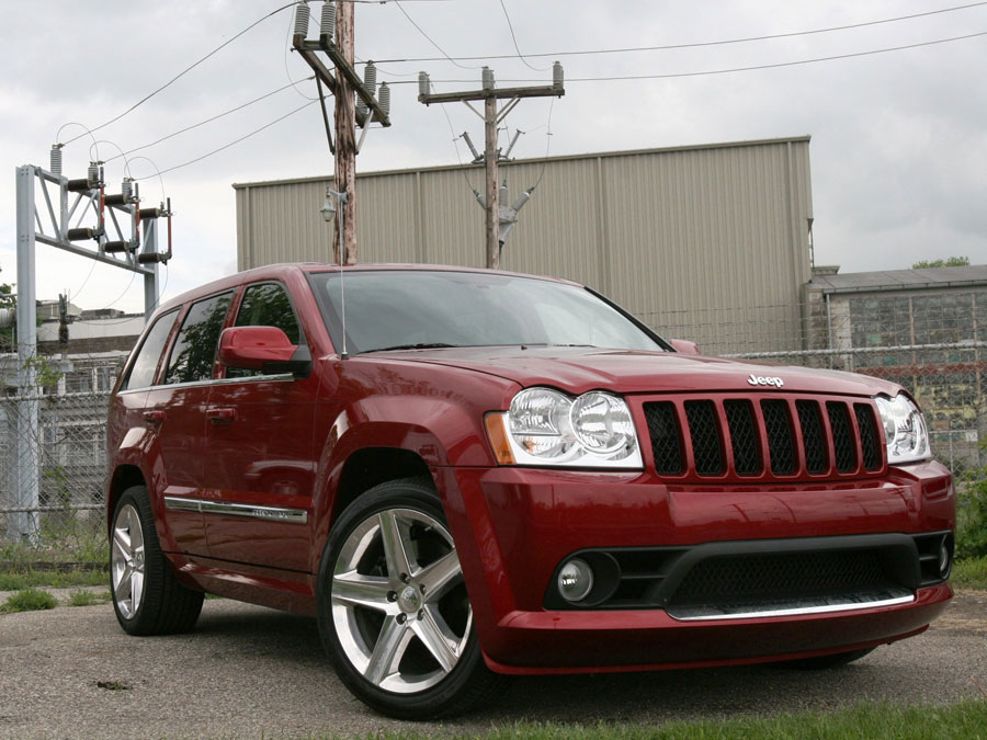 2006 Chevrolet Trailblazer Ss Vs 2006 Jeep Grand Cherokee