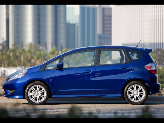 2009 honda fit honda subcompact hatchback review. Black Bedroom Furniture Sets. Home Design Ideas