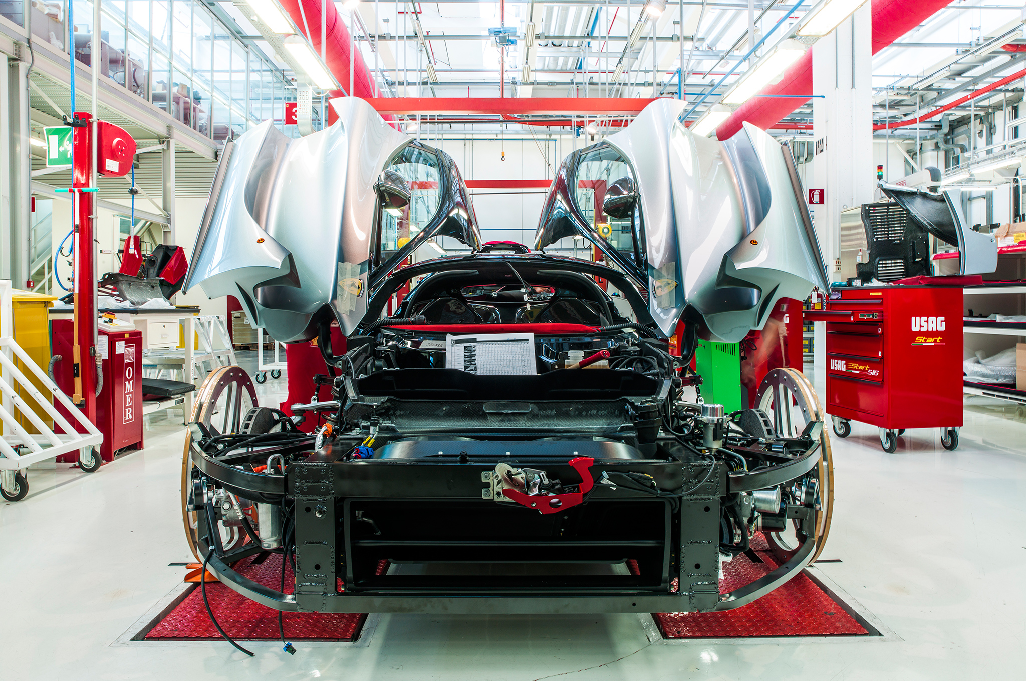 The front end of LaFerrari, before the aerodynamically optimized splitter and hood are installed.
