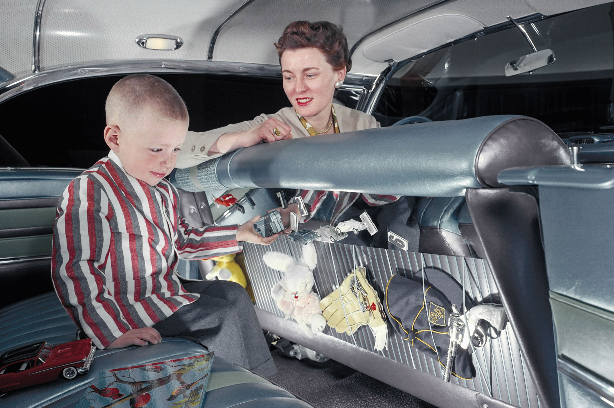 The child-centric interior on Peggy Sauer's Oldsmobile station wagon foreshadows modern minivans and crossovers.