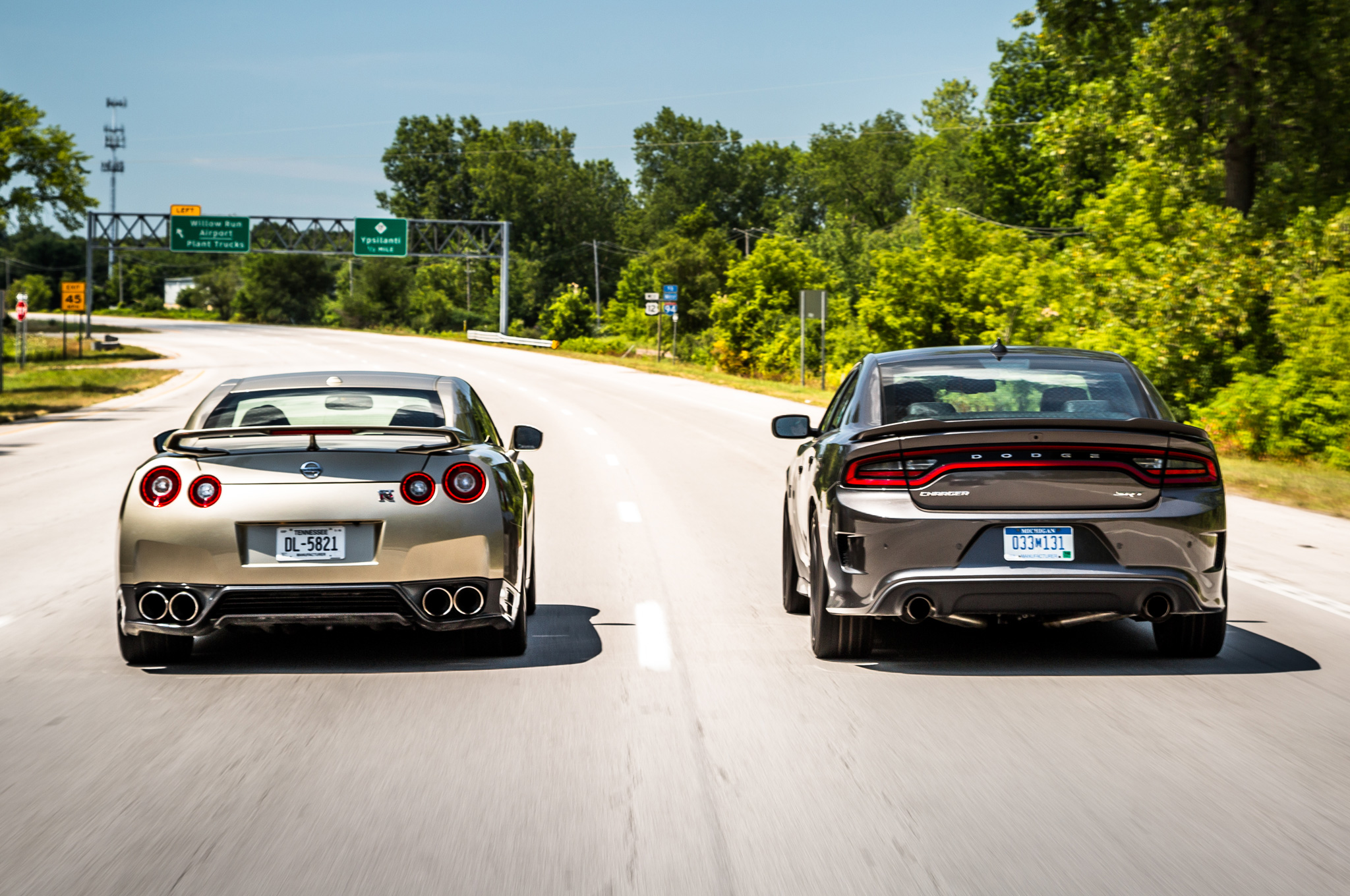 Flavors of fast 2015 dodge charger hellcat vs 2016 nissan gt r
