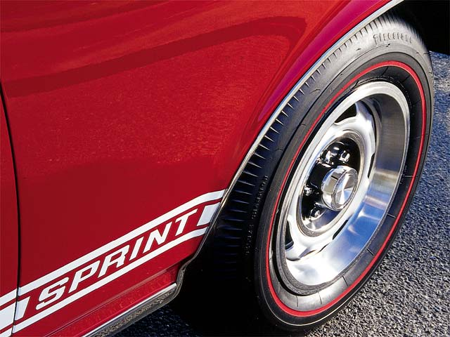 Tucked behind a 14x6 Rally I 7.75X14 Firestone Red Line combo, 9.5-inch drums provide Wolf with the necessary deceleration at the touch of a pedal. Replacement Sprint decals provide a distinctive touch to this rare machine.