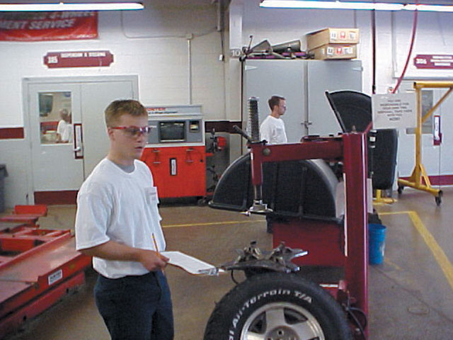 The training facilities at University of Northwestern Ohio, as well as all of the other schools, are modern, clean, and functional. Students learn the discipline needed to work as a team in a professional environment. The industries that supply parts and machinery to race teams help out with most school programs so that the students will be able to learn using much of the same equipment they will encounter in the real world.