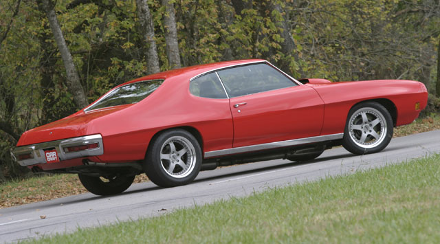 The down-in-the-weeds stance of many show-only cars is usually a giveaway that the owner is more into appearance than performance. The GTO assumes a slightly taller stance both for tire clearance and proper suspension performance.