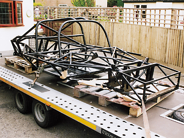 The GTR triangulated spaceframe chassis was delivered. Integral roll-cage is welded to main frame.