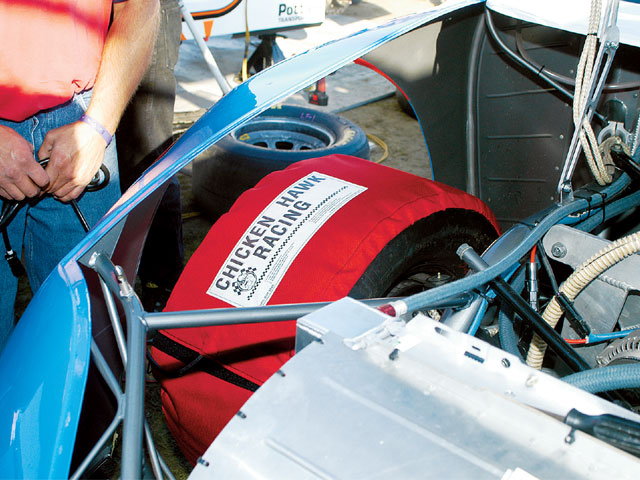 The tire warmers can be used without having an effect on other necessary maintenance.