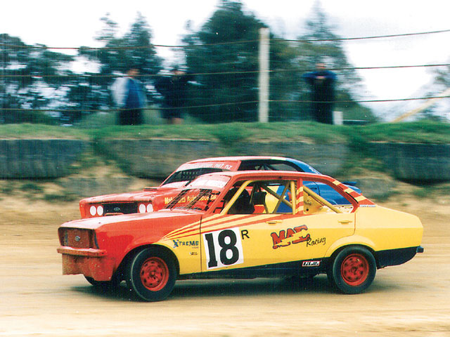 Standard Saloons in action.