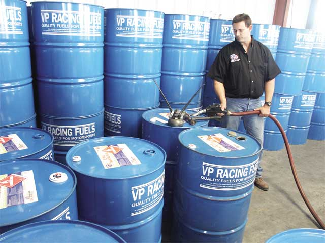 The barrels of fuel are filled and tightly sealed for their tripthroughout the United States or around the world. Users need to makesure the barrels are resealed after use to prolong the life of theproduct.