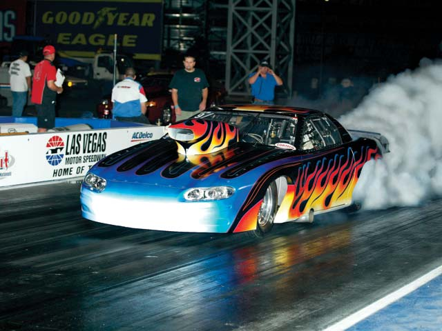 The LVMS facility is a favorite of Griffith Racing, enabling on-the-bottle launches and stellar 1.12-second 60-foot times.
