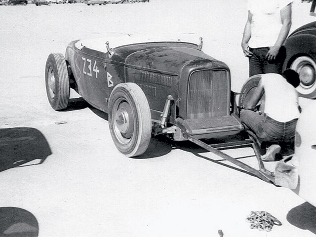 Like many lakes racers, Khougaz flat-towed his roadster to El Mirage. Safety chain (on ground) ensured the '32 roadster and tow car wouldn't part company. Although a channeled '32 wasn't as aerodynamic as a '27 T or a purpose-built lakester, with its smooth bellypan and other mods, this car came close. Its 141-plus-mph top speed was an impressive feat. (Photos courtesy of Mark Van Buskirk.)
