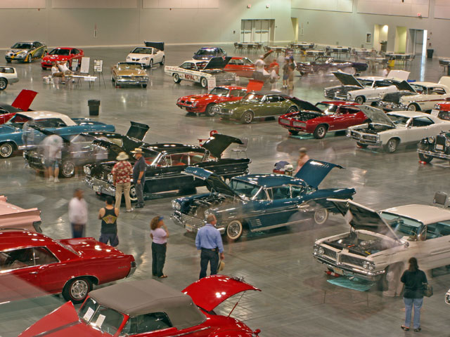 Tons of concours show cars could be examined in air-conditioned comfort.