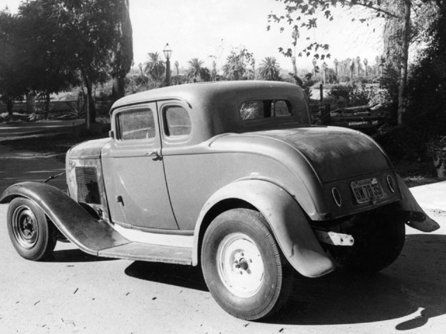 Here's Dan Gurney's '32 five-window. He traded a '40 Ford for the car. He thought he got the short end of the deal. The Deuce was too visible to the police around Riverside, so he got rid of it in favor of a 1937 Ford Sedan that he made into a sleeper for street racing.