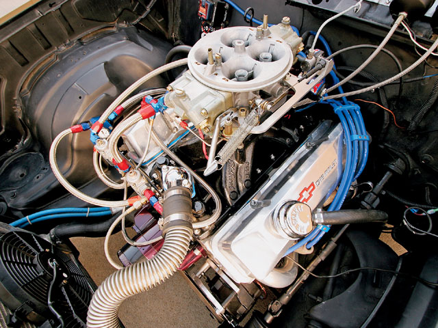 Feeding the motor is a Product Engineering fuel pump and a -10AN feed line.