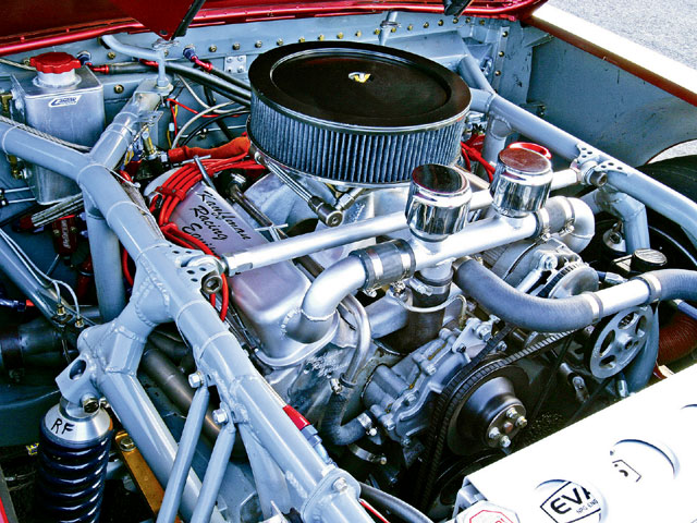 A NASCAR-style chassis was built by Don from 13/4-inch DOM 0.090 steel tubing. It leaves just enough room for the 440ci Pontiac engine.