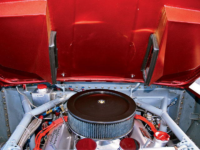 Don fabricated a ram-air hood that mates to a custom airbox which is removed for photography purposes. Seen here is a 14x3.5-inch tall SLP Blackwing air cleaner.