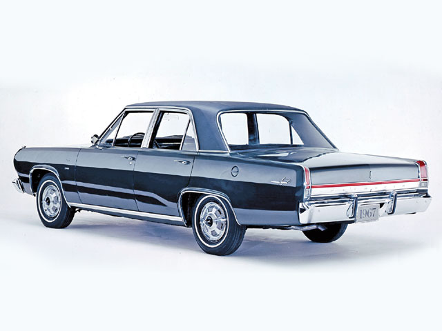 Another Engel-led restyle for 1967 gave the Valiant and Dart lines similar to big-brother B- and C-Bodies. The Valiant was a sedan-only starting in 1967, with the Barracuda getting the hardtop and convertible configurations. The 383 became optional during the '67 model year.