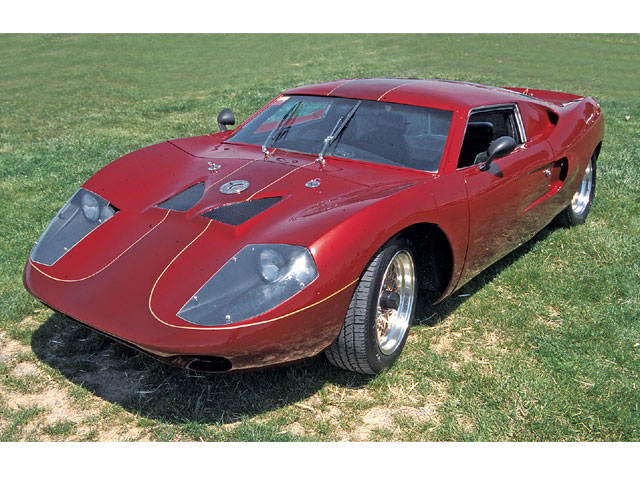 The Fiberfab Avenger had a stronger Ford GT look but still wasn't an exact replica.