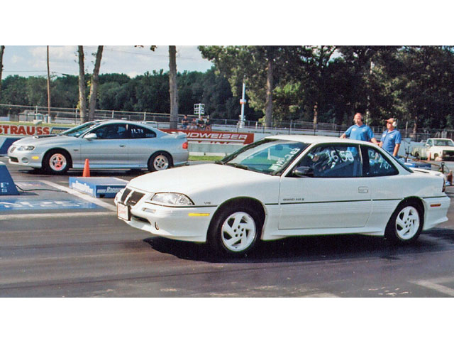 Bruce Katz's '04 GTO won the Pontiac Radial Class, running 11.795 on an 11.73 dial-in to runner up Darren Kozinski's '95 Grand Am's red light start and a 16.779 e.t. on a 16.53 dial-in.