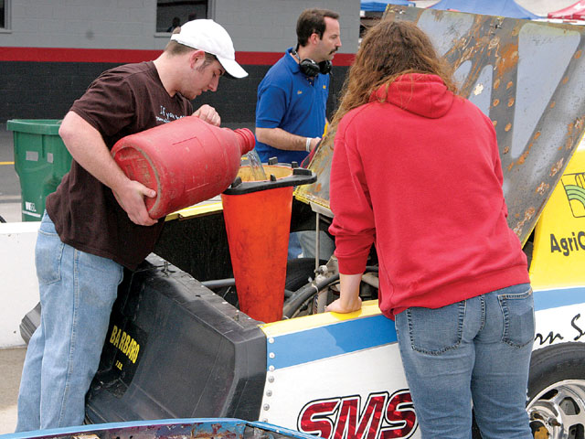 Street Stock pit crews must be resourceful. Nice funnel.