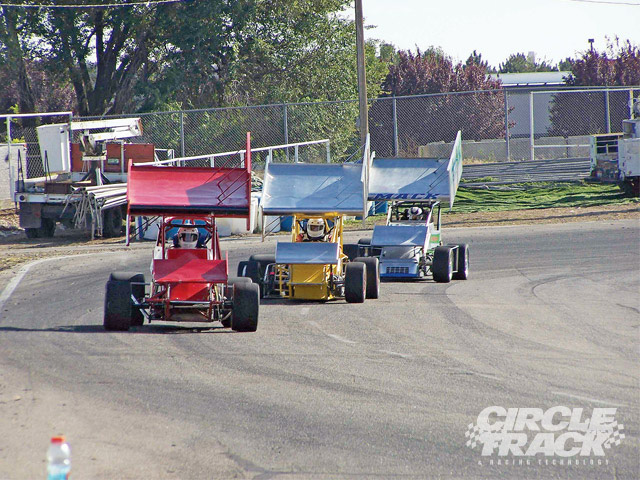This three car breakaway is led by Bob Witte of Ephrata, WA (7e) followed by the #5 driven by Steve Freeman of Nampa, Idaho. Just behind is the #17 driven by Justin Mack from Benton City, WA. Three cars from two different states is typical of NSRA racing.