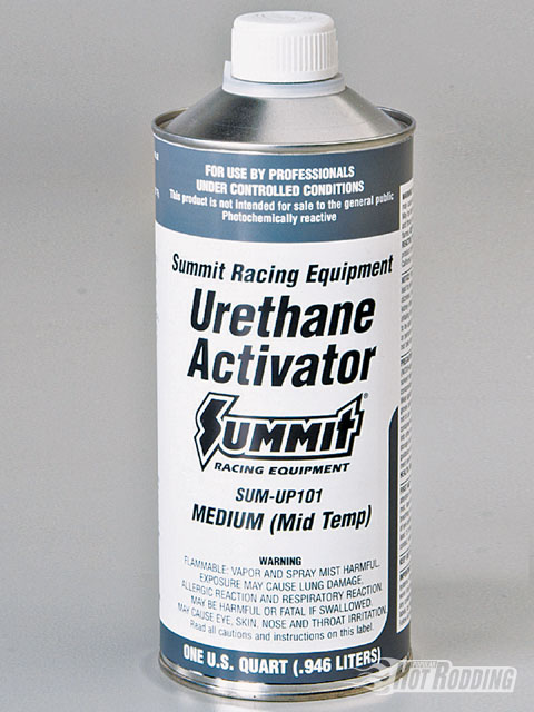 Summit's activator comes in three different versions to allow painting in different atmospheric conditions. This is the key to allowing the DIY enthusiast to paint at home without a temperature-controlled booth.