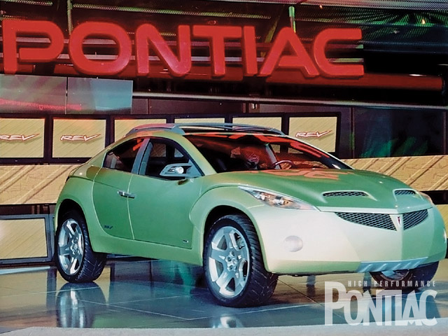 Yet another four-door activity vehicle was in the Pontiac display for 2001. The REV concept had all-wheel-drive, adjustable suspension height, a hatchback, and was ready for future occupants to seemingly go anywhere.