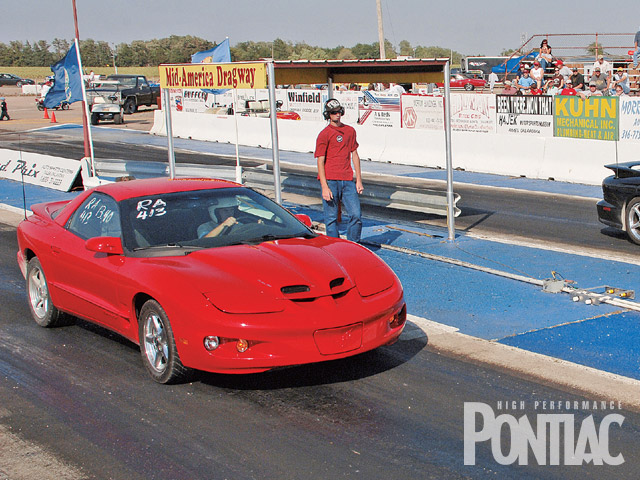 Two Fourth-Gens compete for top place in the Ram Air class. Derek Wymer's '02 Firehawk (shown on right) was the victor over Jim Reed's '99 Formula.