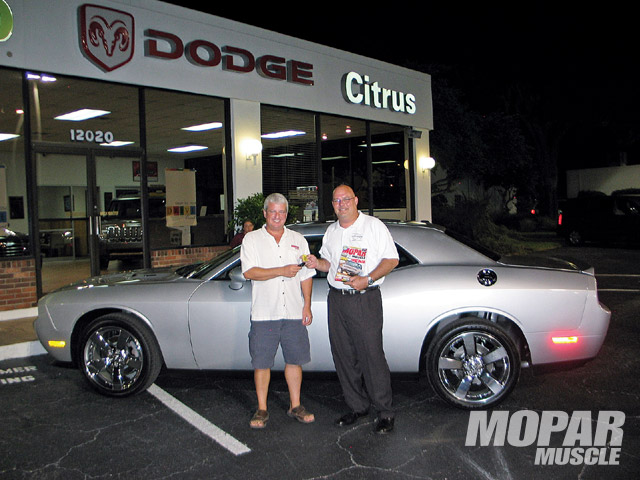 After picking up our '09 Challenger R/T from Citrus Dodge in Dade City, Florida, several months ago, we've been enjoying the comfort and performance of our new ride. Like most enthusiasts, however, we just couldn't leave our new car stock for long.
