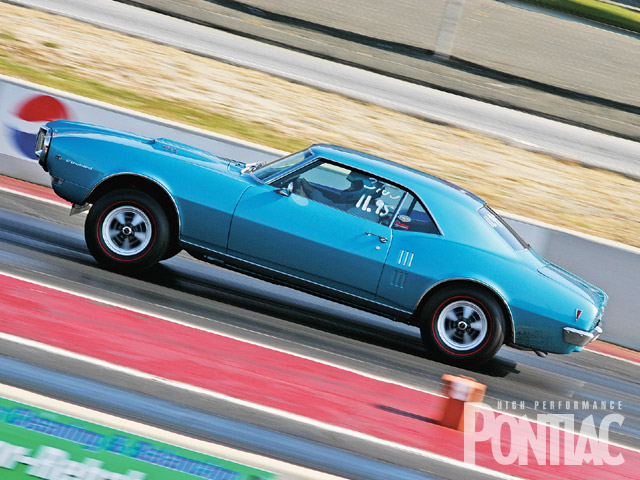 Rick Mahoney's '68 Ram Air II Firebird was built to Pure Stock specs and was running extremely well on redlines.