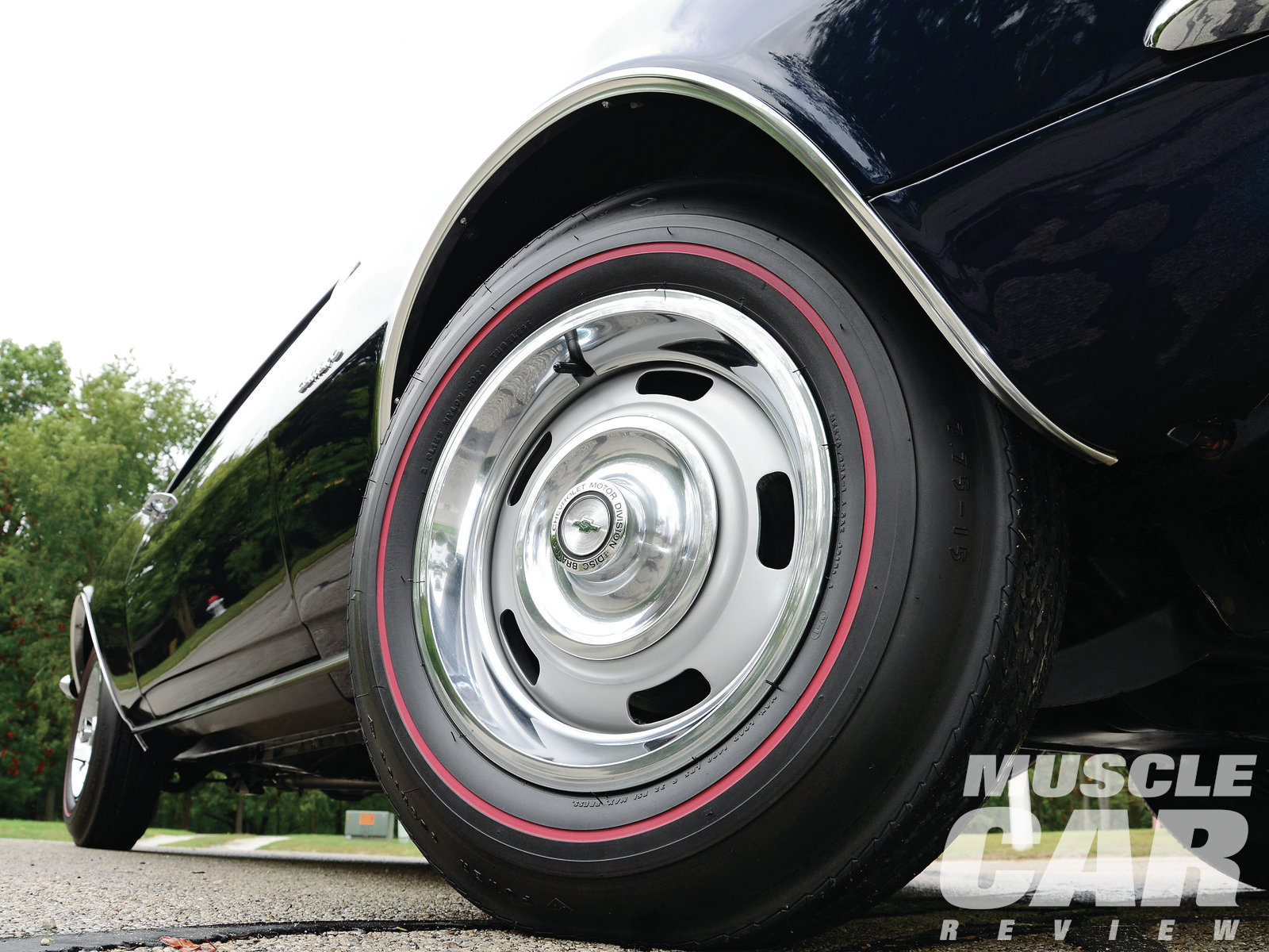 Don's Z rolls on Goodyear redlines and Rallys. Most '67 Camaros were shod with 14-inch wheels and tires; Z/28s got 15s.