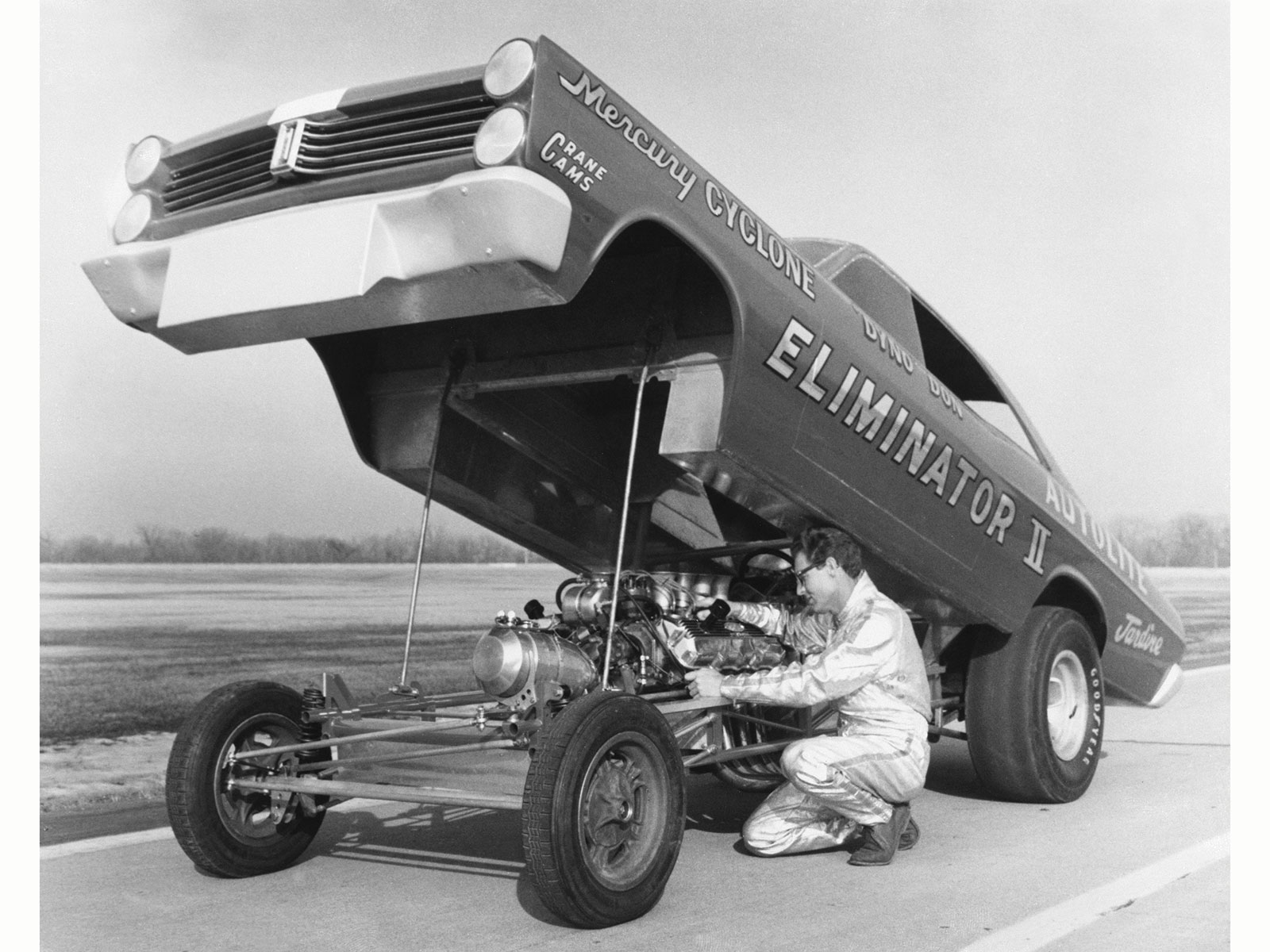 The second version of the 1966 Nicholson car and the 1967 Eliminator II, shown here in testing at the Ford Dearborn test track, both had deep front spoilers that kept the air from lifting the front end. The design was spectacularly successful when placed in the experienced hands of racers like Nicholson and his mechanic Earl Wade, Nicholson disciple Eddie Schartman, West Coast legend Jack Chrisman (who was the first to run his Comet with the blown Cammer engine), and the Denver team of Kenz & Leslie. Needless to say, these boys made a fortune match racing in between NHRA and AHRA events and were nearly unbeatable because the cars were so light and so sleek, and the engine/transmission combination was dependable.