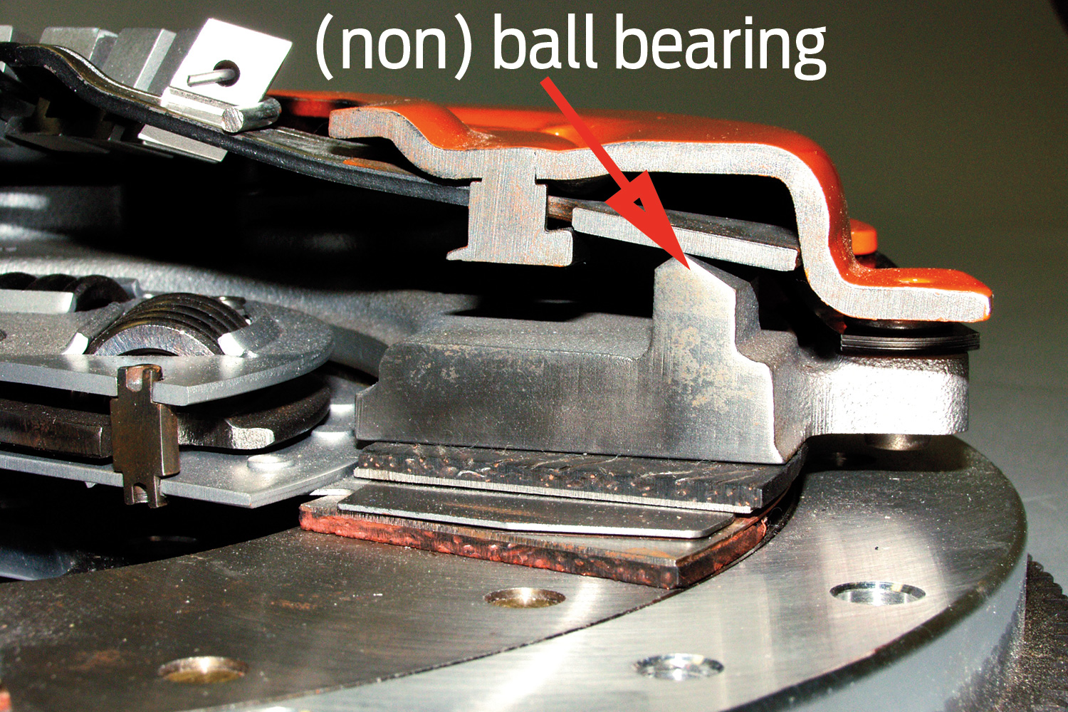 [14] Now we'll discuss pressure plate pivot points.