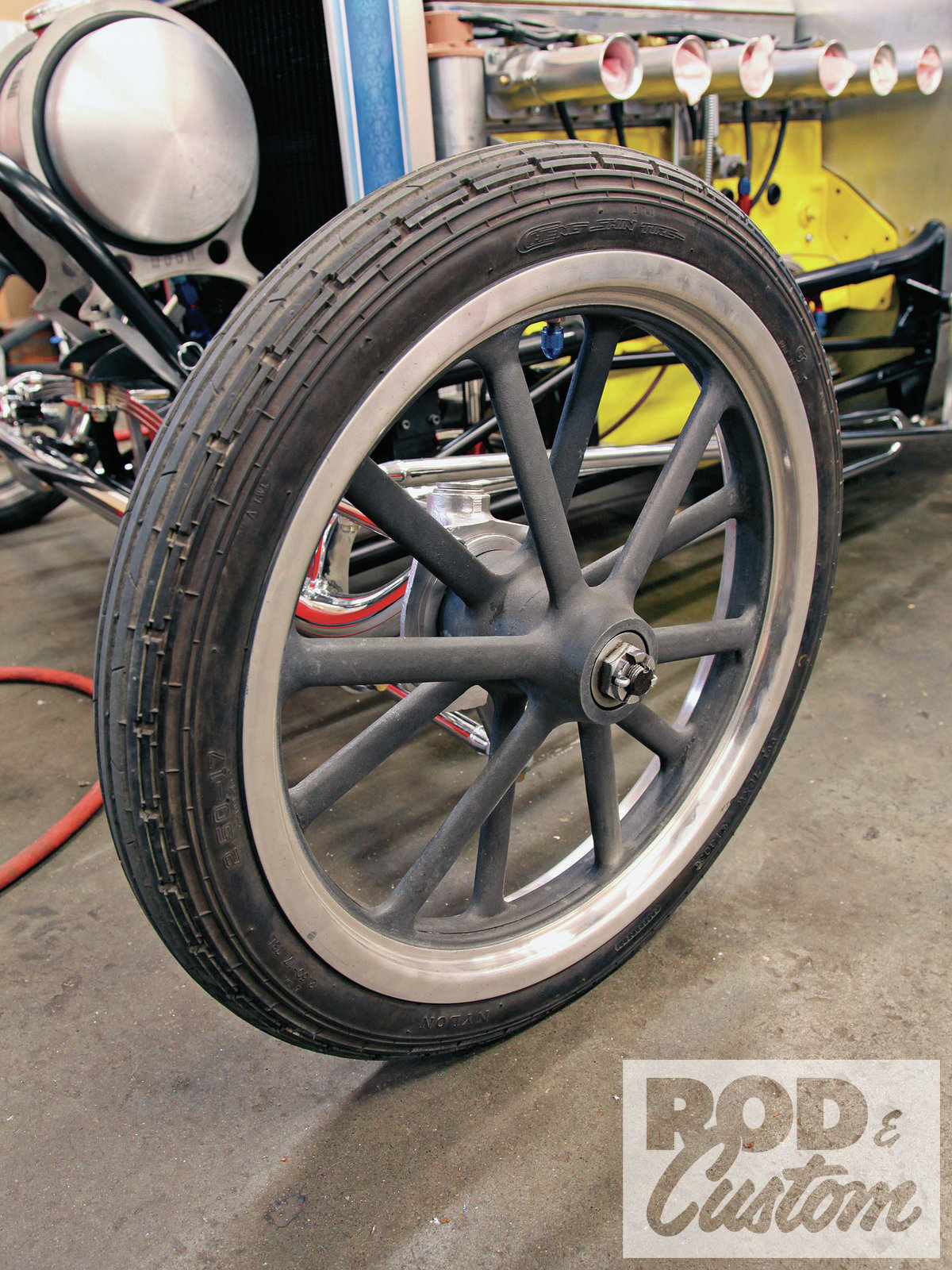 American's second iconic wheel is the 12-spoke. Spindle mounted and lacking provisions for brakes, it's drag-only equipment though later it caught on among T-bucketeers. The first was 15x3.5 but they grew to 18x2. All are magnesium. Several companies produce aluminum variations on this design.