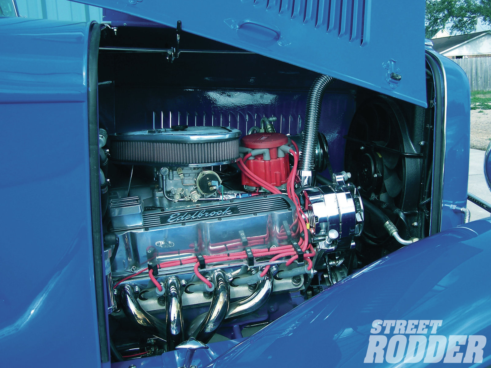Determined to have a Ford in a Ford, Bill had a 302 equipped with a SCAT rotating assembly and backed it to a Tremec TKO 500 transmission. Bill didn't need a huge engine—when he gets the itch he just climbs into his Dodge Viper!