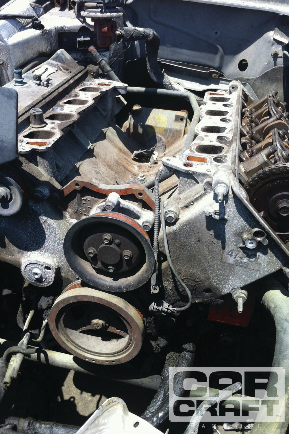 Junkyards across the country are littered with SOHC 4.6-powered Fords, so a replacement manifold should just be a short trip away. Be sure to check the donor car's odometer, though. We've seen taxis in our local junkyards with mid-300,000 miles racked up on them. You may want to pass on the manifold from one of these cars.