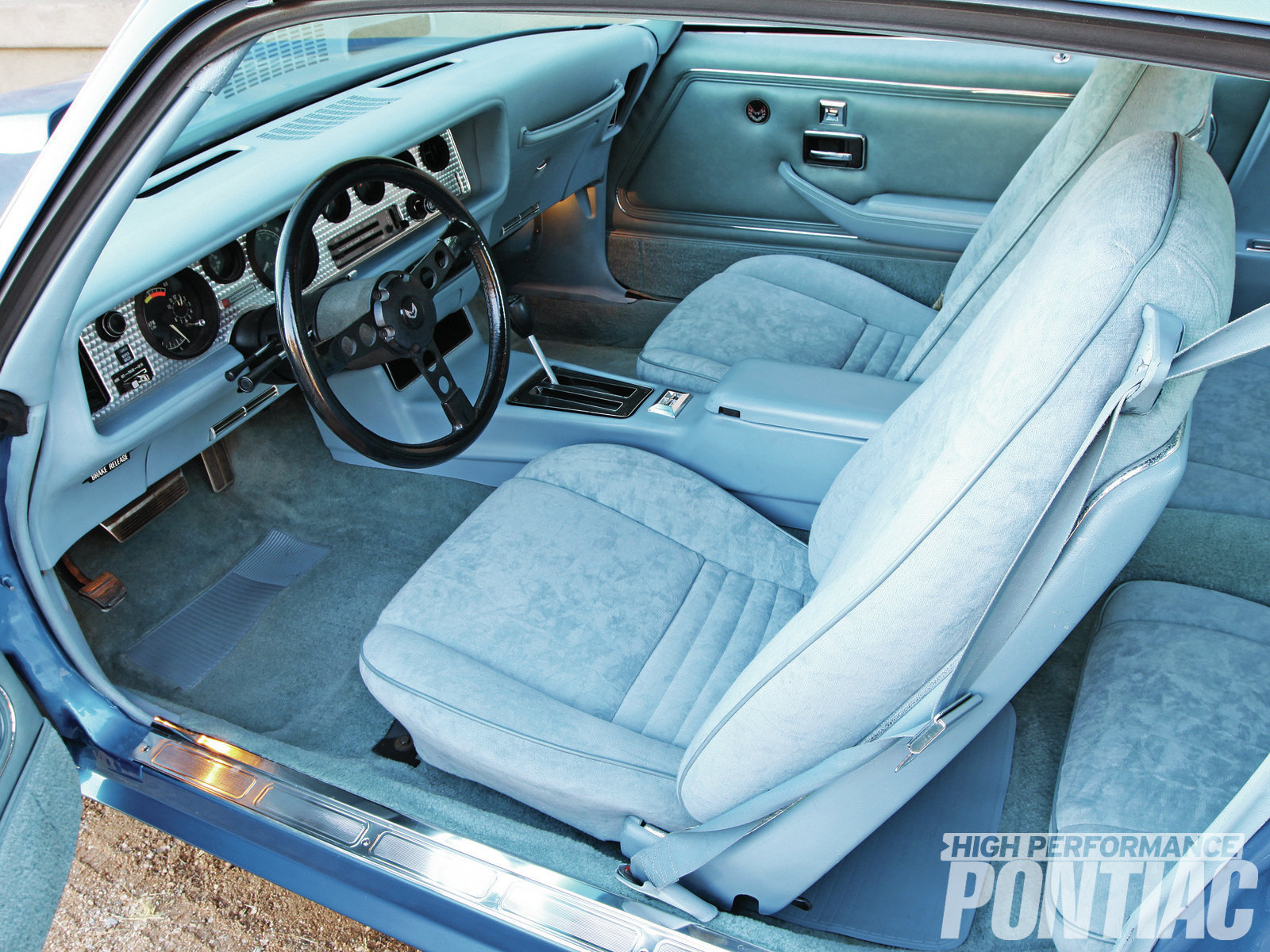 The Turbo 350 automatic was no charge, but the Custom Trim Group (with the tuxedo-blue velour seats, among other additions) cost $134, the stereo tape deck was a shocking $324, the tilt wheel was $69, the lamp group was $18, and air conditioning was a whopping $508.