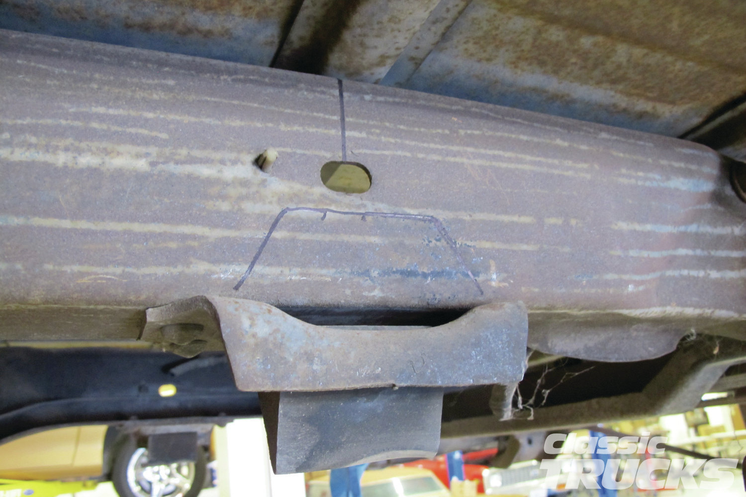 2. The centerline and or wheelbase for the rearend placement was established by measuring the frame and or seeing where the stock bumpstops are placed. Each frame is slightly different so your frame may vary.