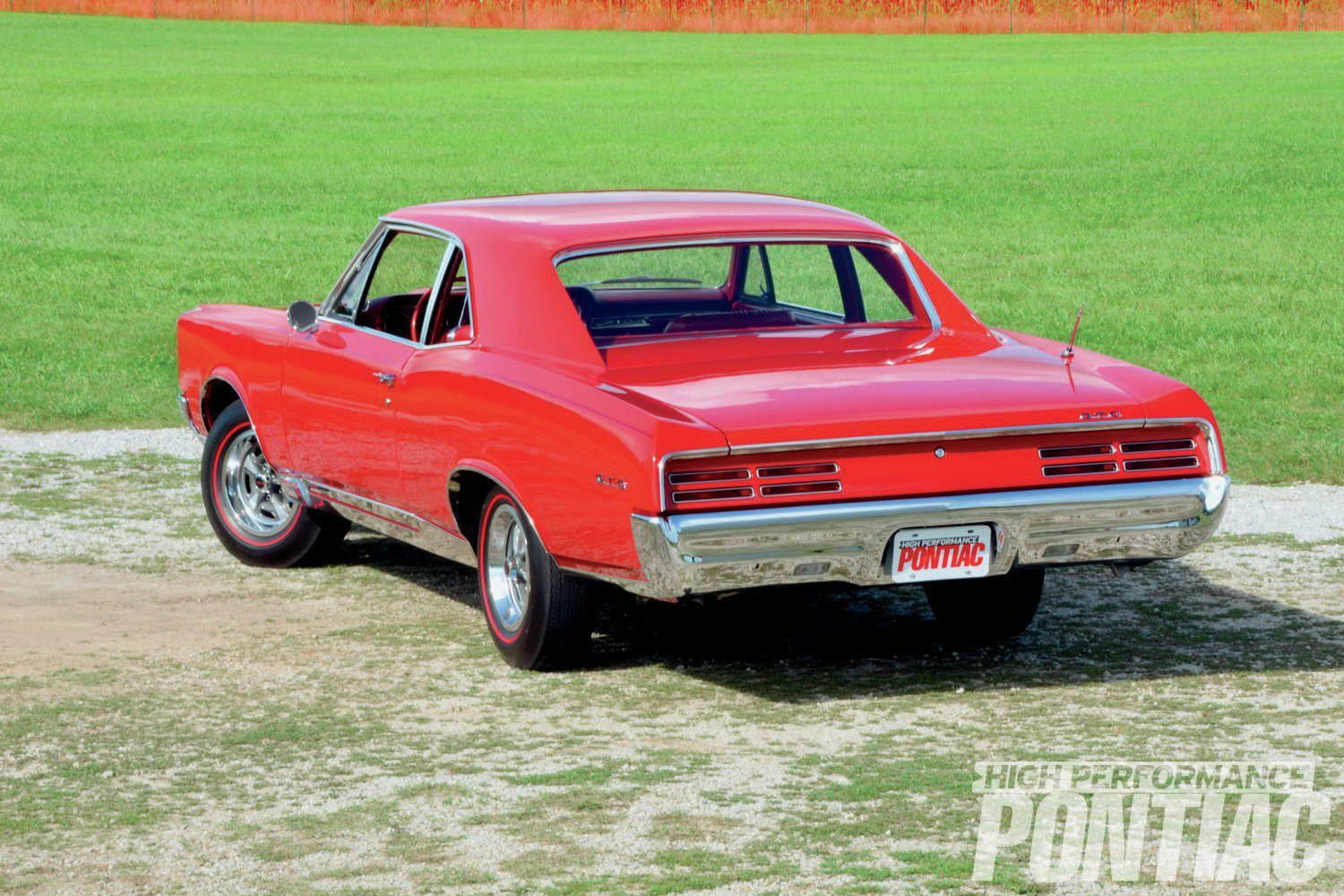 The GTO featured quad rectangular taillamps on each side, similar to those used on Grand Prix and Firebird in '67, ensuring all three models were instantly identifiable as Pontiacs.