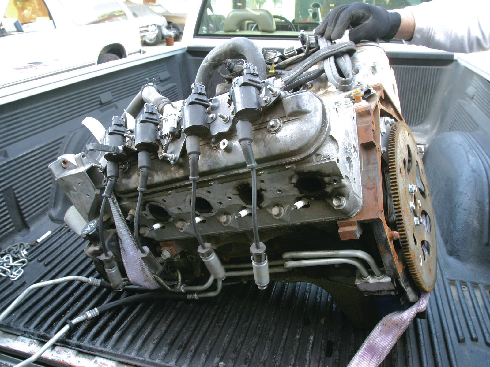 How To Identify All Those Different Late Model Gm V8 Engines Hot 2000 Chevy Silverado 5 3 Engine Crank Sensor Wiring Diagram Also The Attractive Thing About Used 48 53l Iron Block Truck Is Their Dirt Cheap Availability Motors Are Easy By Large