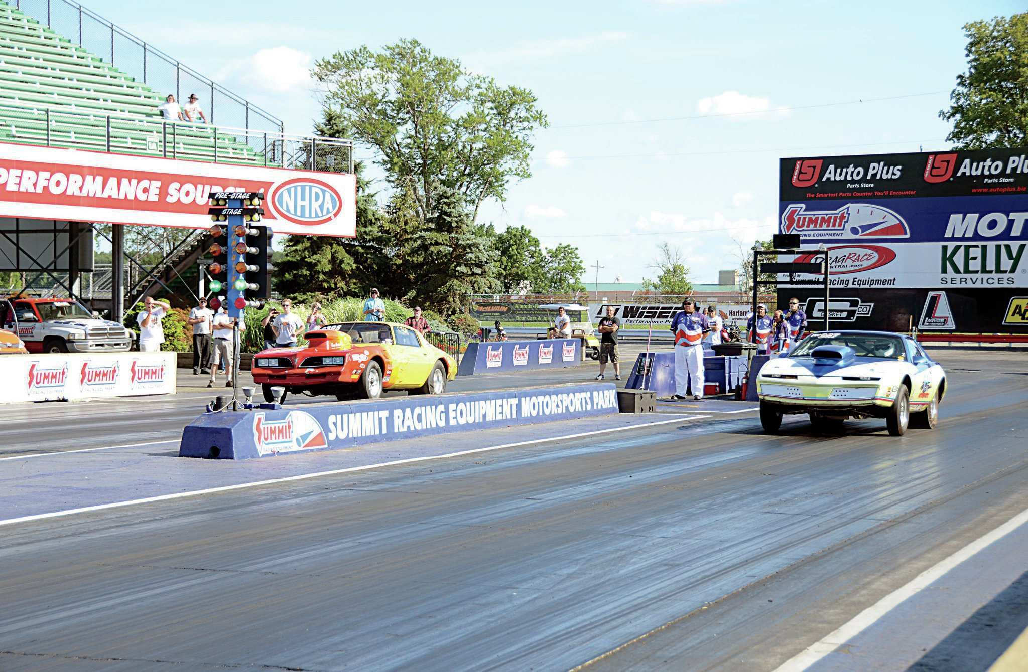 The final round of drag racing featured two Firebirds: the '77 of Ron Baisdin Jr. up against the '82 driven by Rick Cole Jr. Both drivers ran identical e.t.'s to their dial-in times, but Cole got the hole shot for the win by 0.001 second.