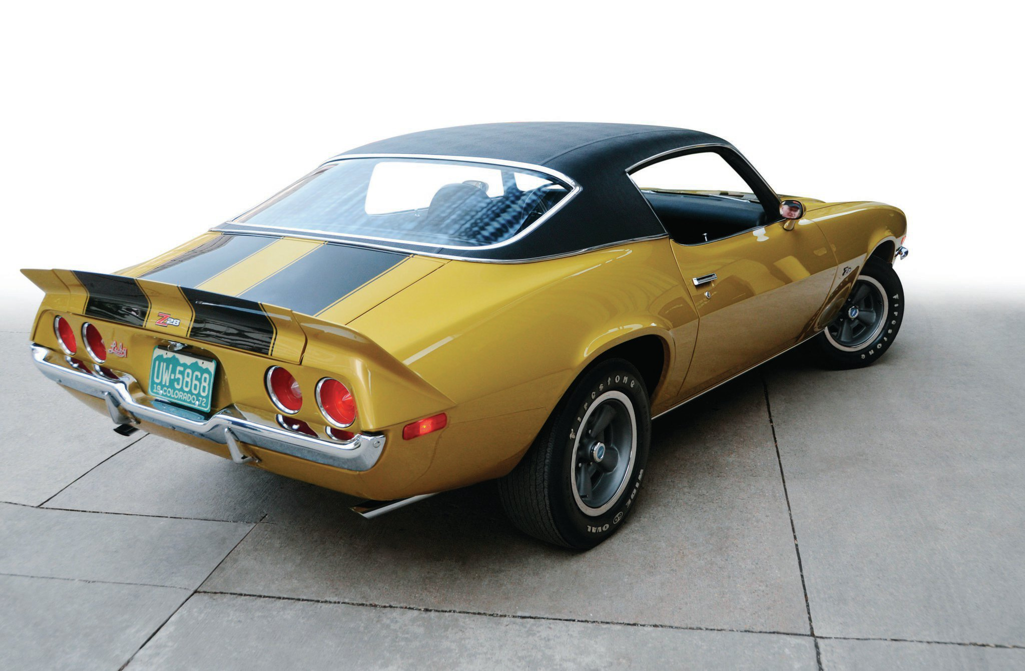 The rear spoiler on the Z28 was a three-piece affair, with the outer edges affixed to the quarter-panels and the centersection bolted to the trunk lid. The D80 spoiler package included both the front and rear spoilers.