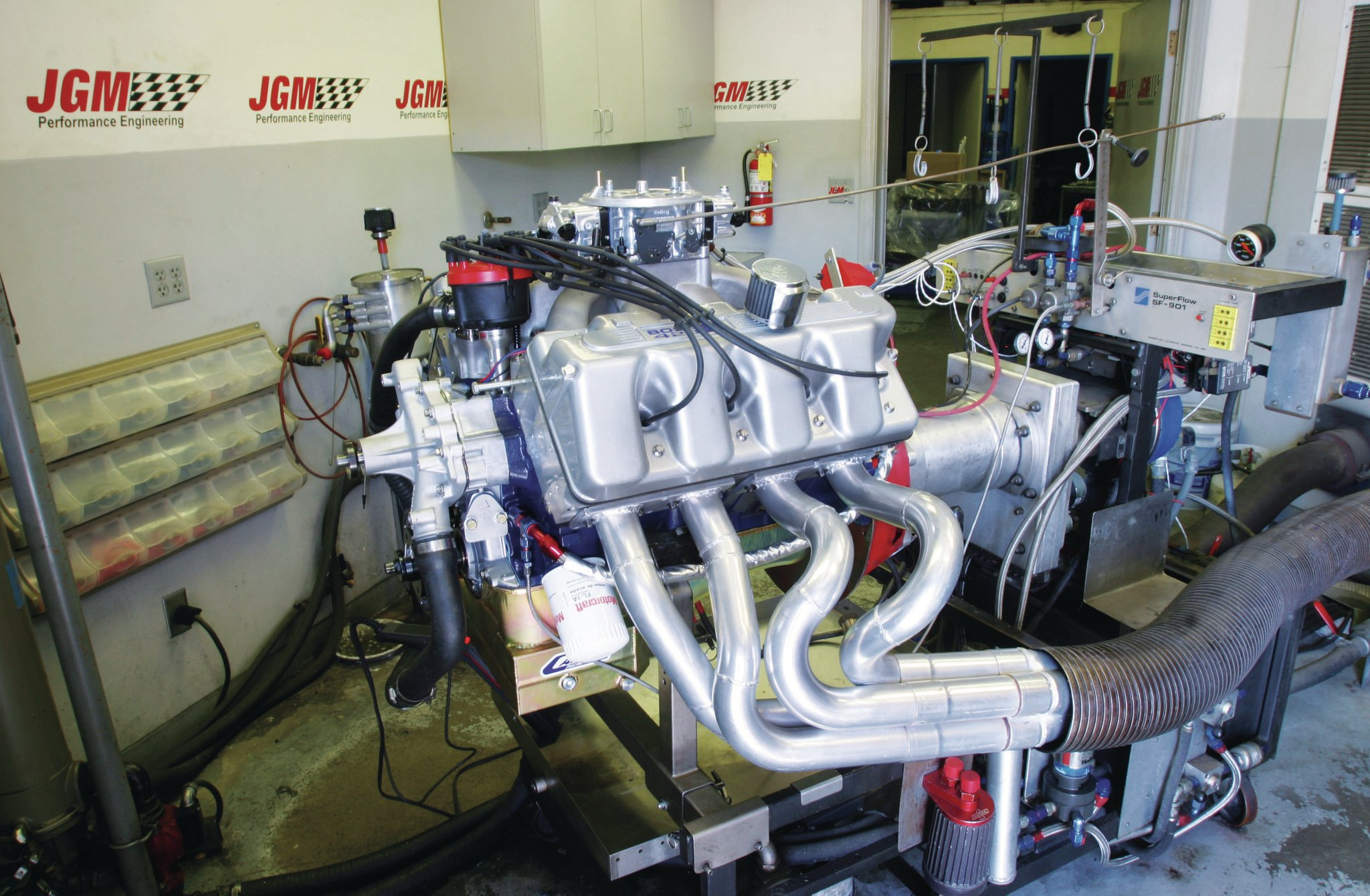 Big power means big airflow, and there aren't too many street heads that will outflow a Kaase Boss 429 cylinder head (JonKaaseRacingEngines.com). With intake flow numbers around 410 cfm and exhaust in the 300-cfm range, a typical 521ci Kaase Boss can make between 850 and 900 hp.