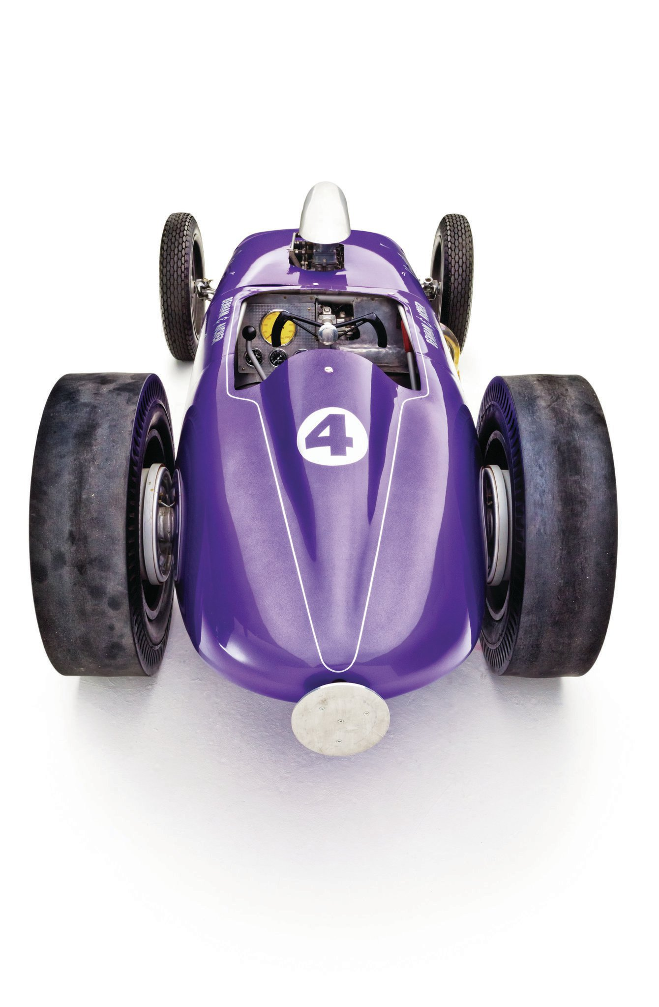 The Hisso has a low, sleek profile, which really stood out amongst the more stripped-down shortie dragsters it raced against.