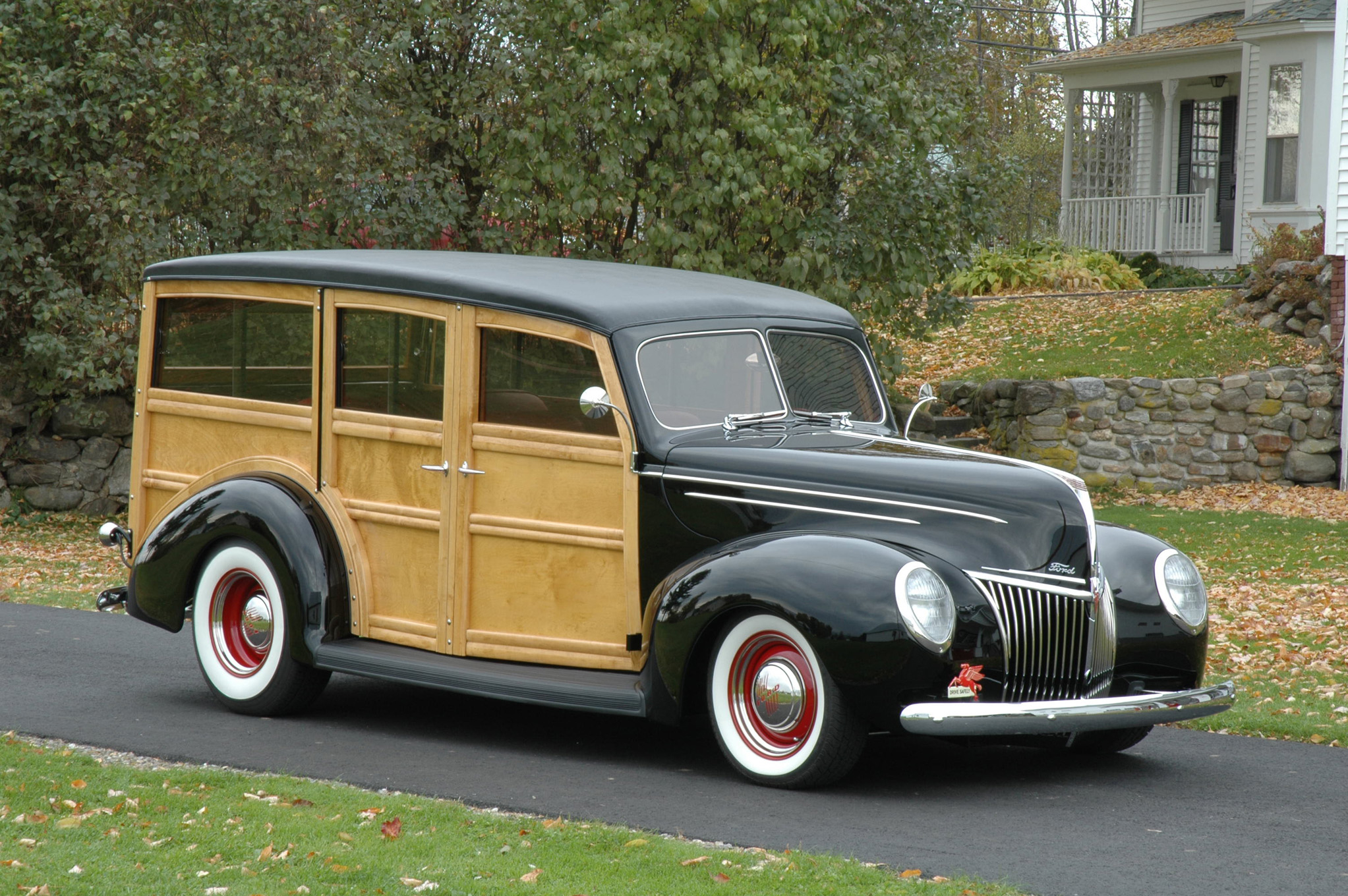 Dave Helmer s Tasty 1939 Ford DeLuxe Woo Hot Rod Network