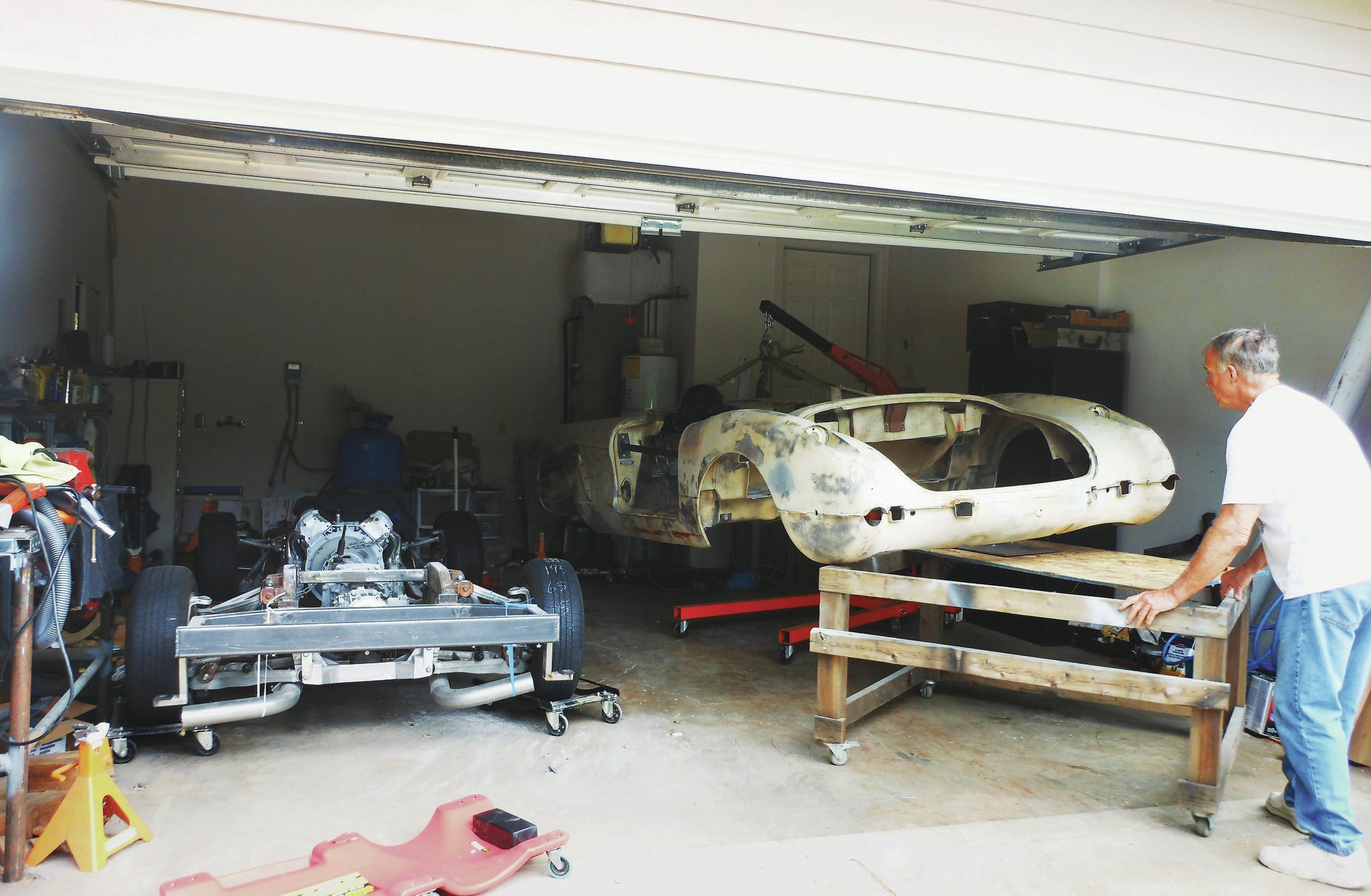 With the body shell and chassis separated, a better assessment can be made of what the previous owner completed and where Paul needs to continue the building process.