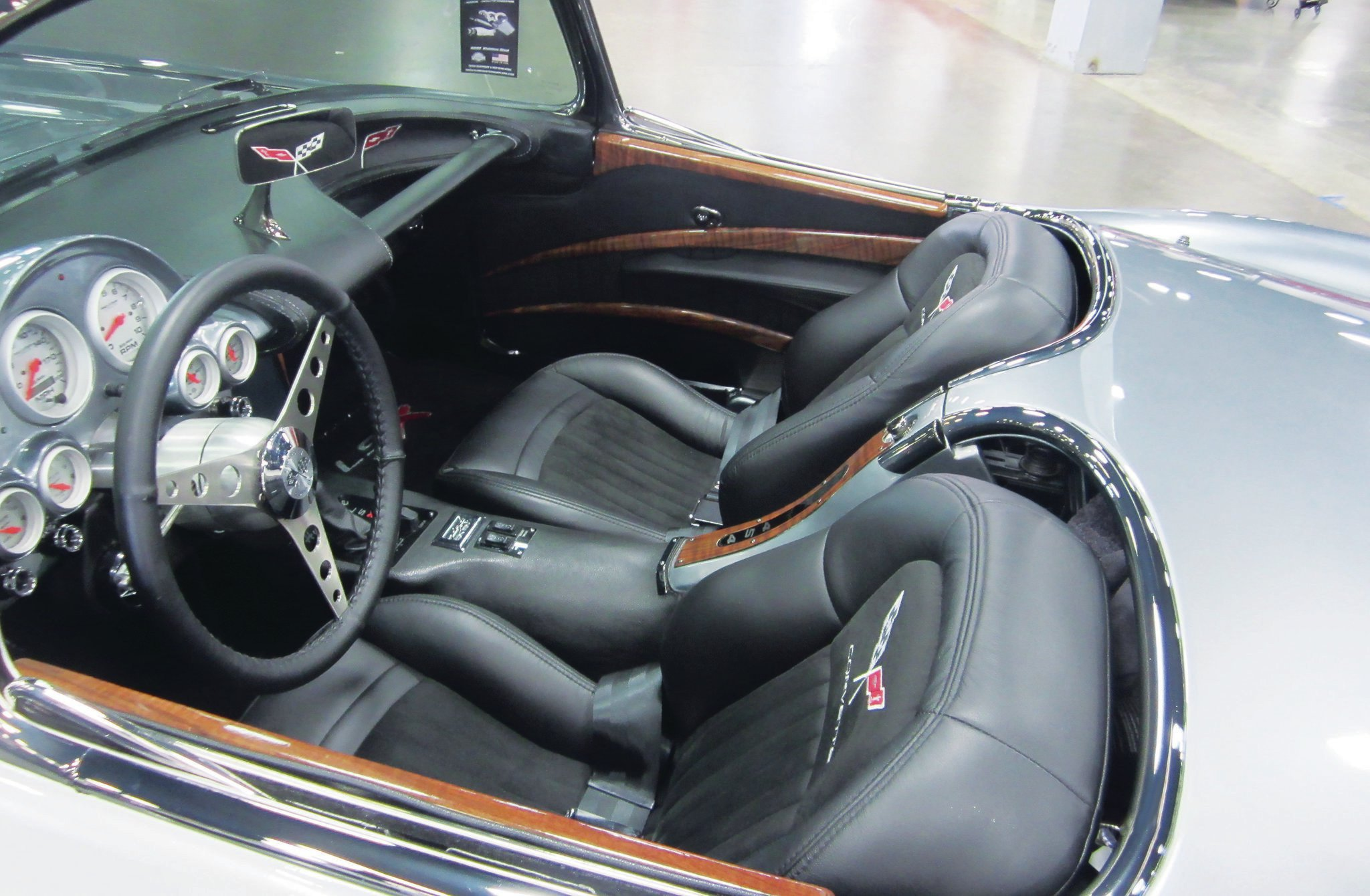 Here's the finished interior with wood accents and nice integration of classic Corvette with contemporary flair.