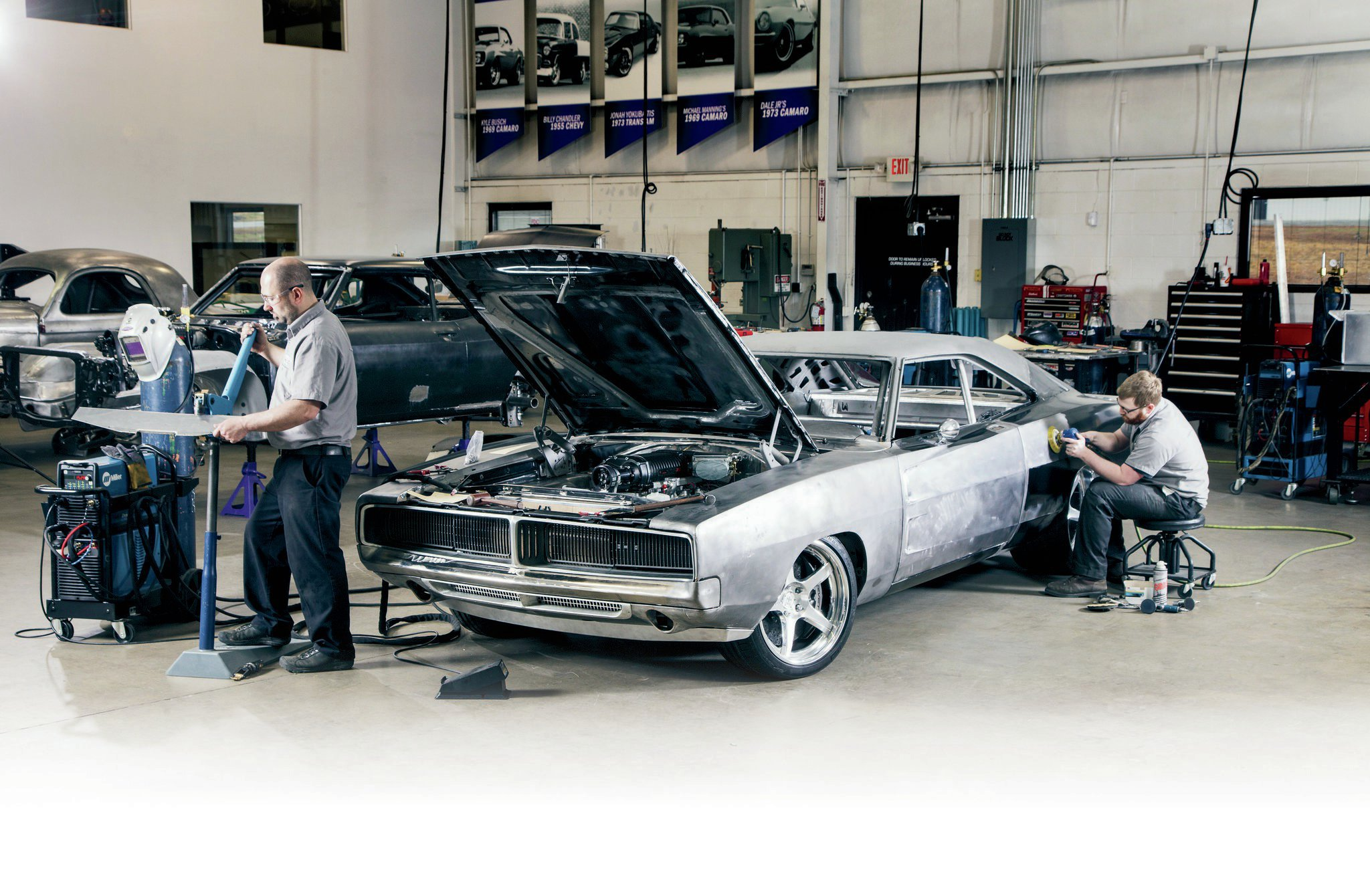 The Detroit Speed & Engineering Charger's current form is the product of two full years of labor. Mark McDonald and Blake Tomlinson of DSE are the mad men behind the extreme sheetmetal fabrication.